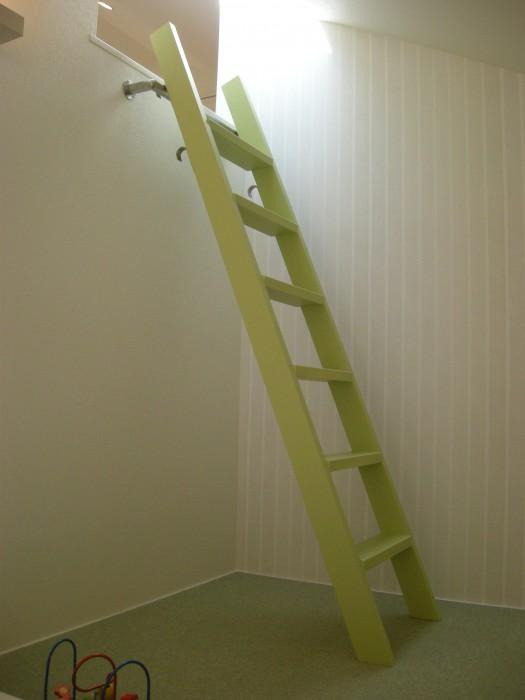 伊丹展示場(梯子)