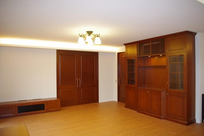 T邸:リビング 収納家具