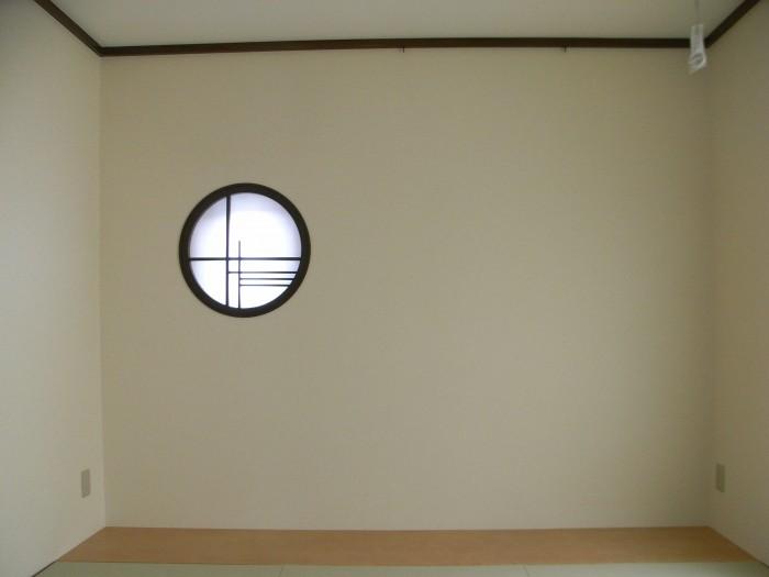 T邸:和室丸窓