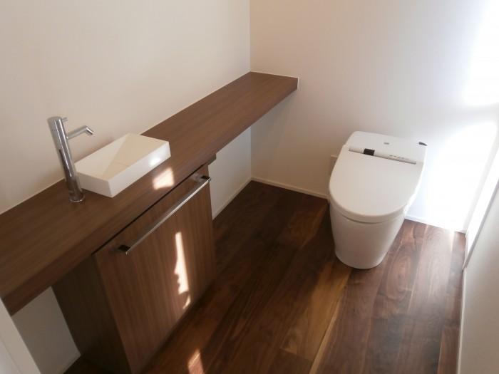 M邸:トイレ手洗い台